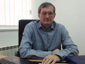Частный нотариус в Киеве на Позняках Игорь Станиславович Трач